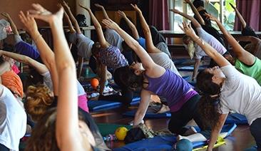 Clases de Gimnasia y Yoga Tigre Maliar e Isla