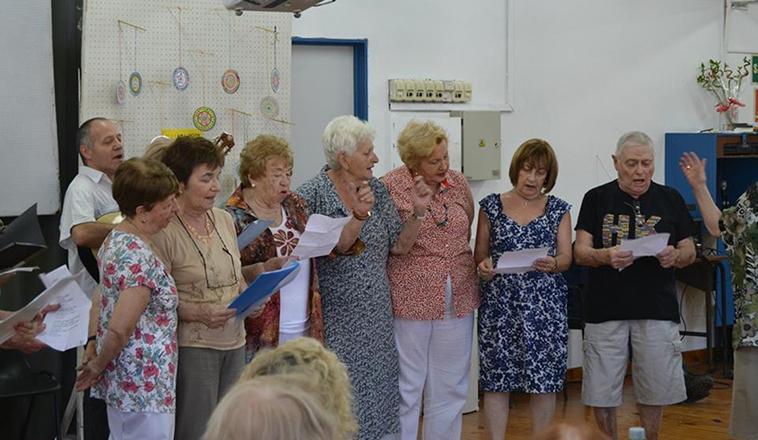 ACTIVIDADES PARA ADULTOS MAYORES DE 65 AÑOS